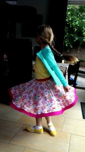 tweelagig circle skirt vega